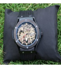 Black Trendy Chronograph Wrist Watch for Mens