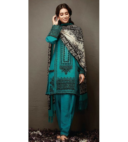 Khaddar Suit With Wool Shawl